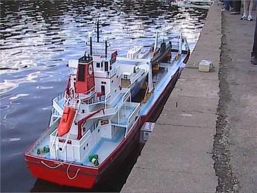 http://www.modelboats.co.uk/sites/2/images/member_albums/1989/HPNX0128.JPG