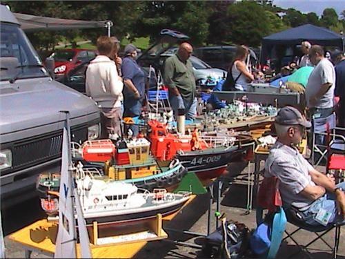 http://www.modelboats.co.uk/sites/2/images/member_albums/1989/HPNX0140.JPG