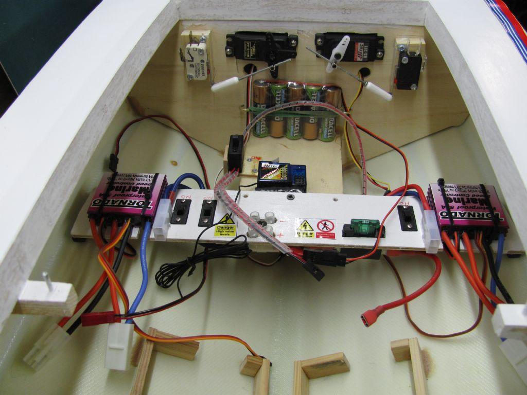 Electrics Model Boats Boat Wiring Job Dave Nicholls