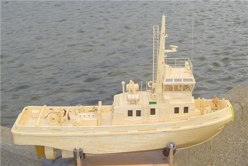 http://www.modelboats.co.uk/sites/2/images/member_albums/2522/LeCaux-12.jpg