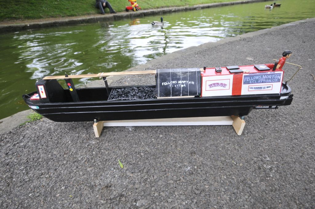 Narrowboat dimensions | Model Boats