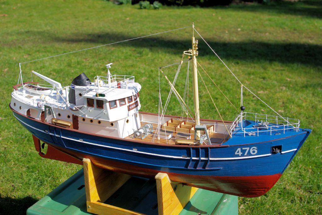 Model boats for Model fishing boats