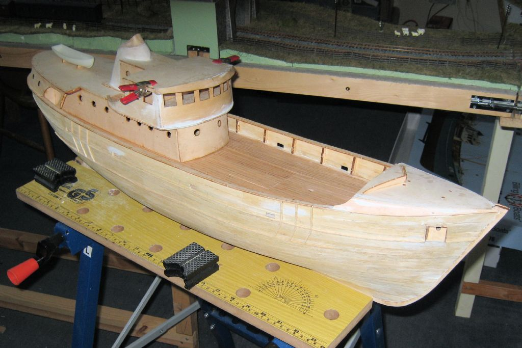 Thinning Epoxy Resin Model Boats