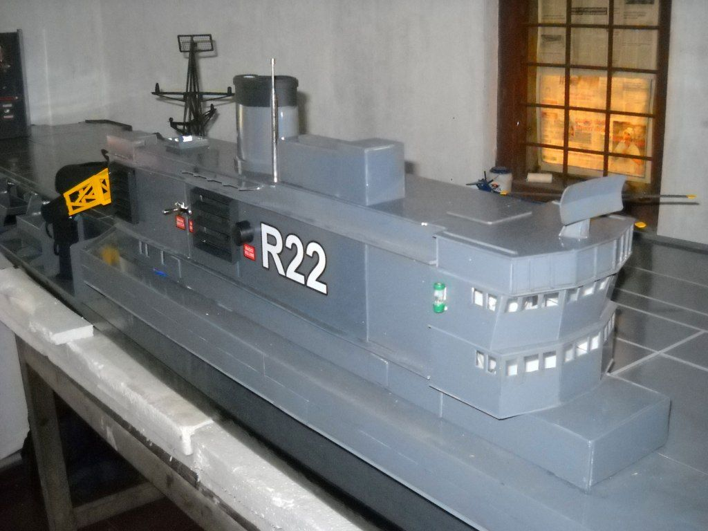 its my 4 7 meter long I N S VIRAT  the carrier   | Model Boats